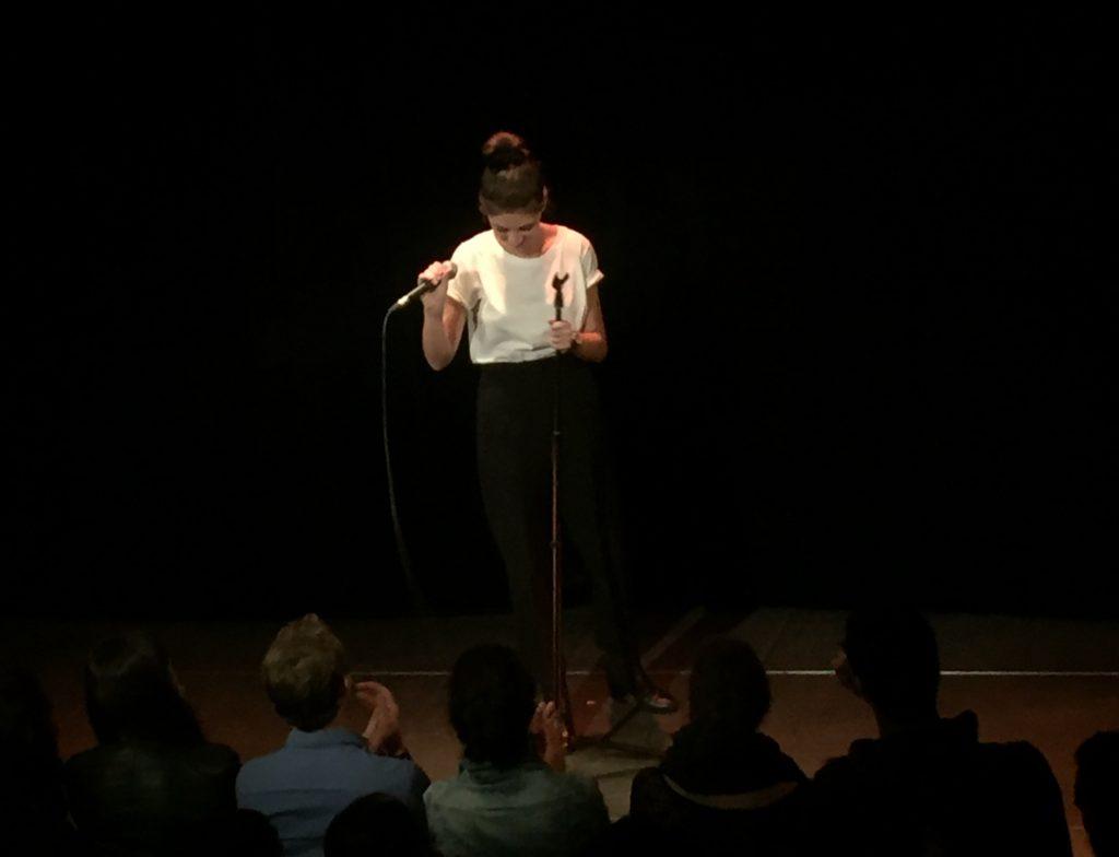 Un spectacle drôle… mais pas que de Marina Rollman au Théâtre du Marais