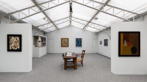Vue de l'exposition « Les Russes à Paris. 1925-1955 », 2018?. Galerie Jeanne Bucher Jaeger | Saint-Germain?Courtesy Jeanne Bucher Jaeger, Paris? © G. Copitet