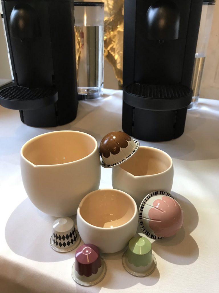 India Mahdavi revisite les capsules Nespresso au Ritz