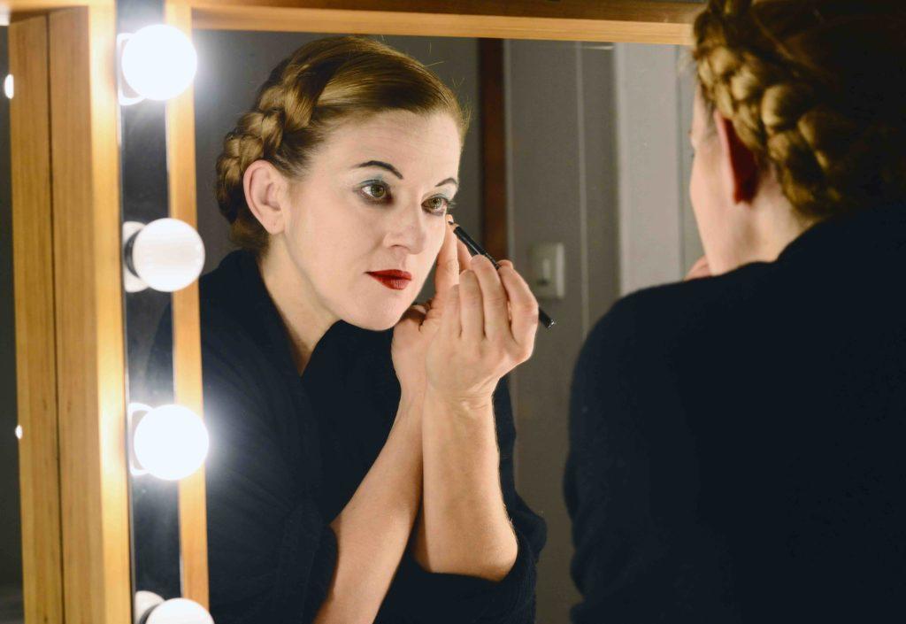 Elena Serra, la voix du pantomime