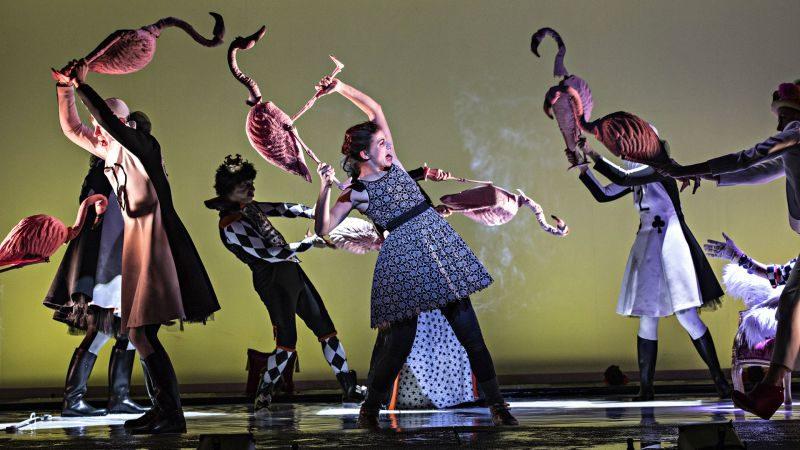 Alice et autres merveilles, le spectacle dingue de Melquiot et Demarcy-Mota est de retour au Théâtre de la Ville