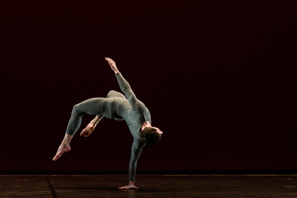 Le Ballet de Lyon à la Maison de la Danse: trois chorégraphies de Trisha Brown