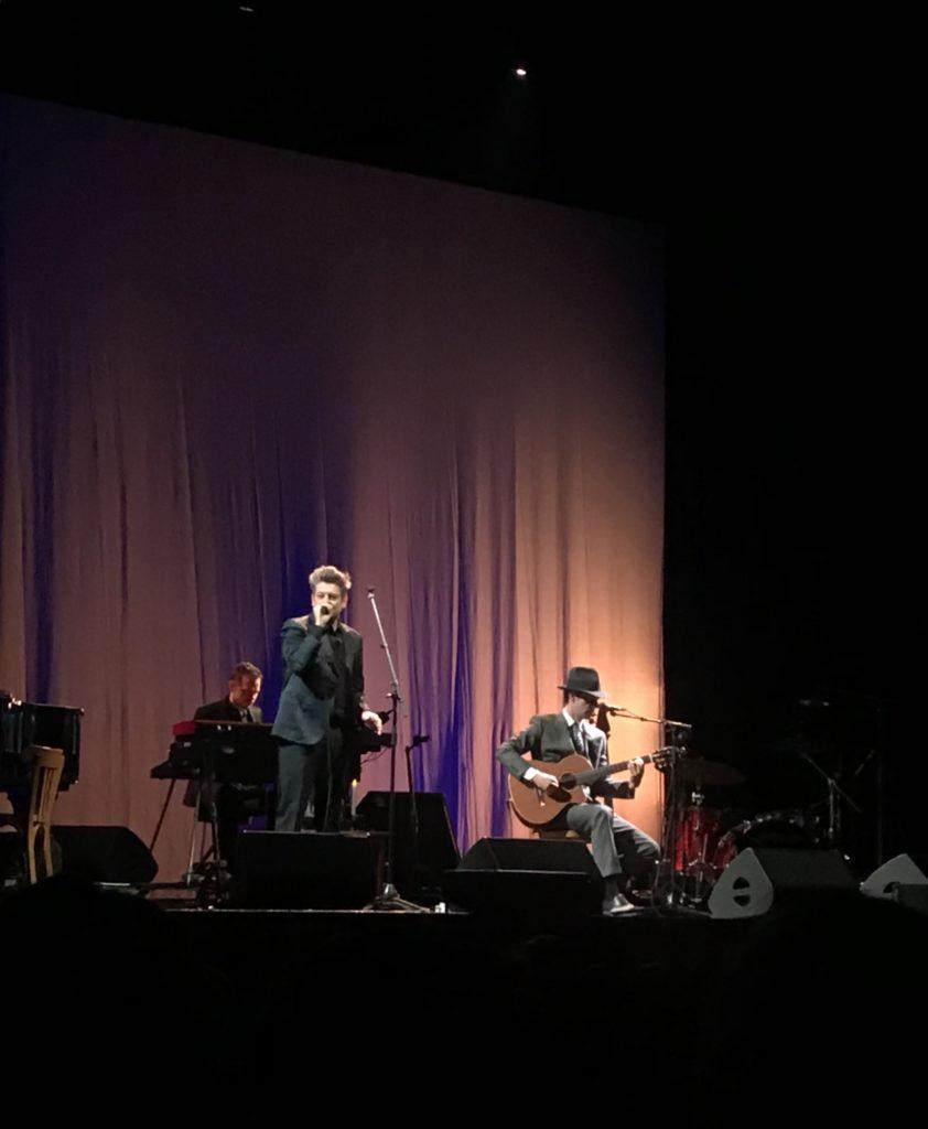 « Songbook » : une fin de tournée entre amis pour Benjamin Biolay et Melvil Poupaud