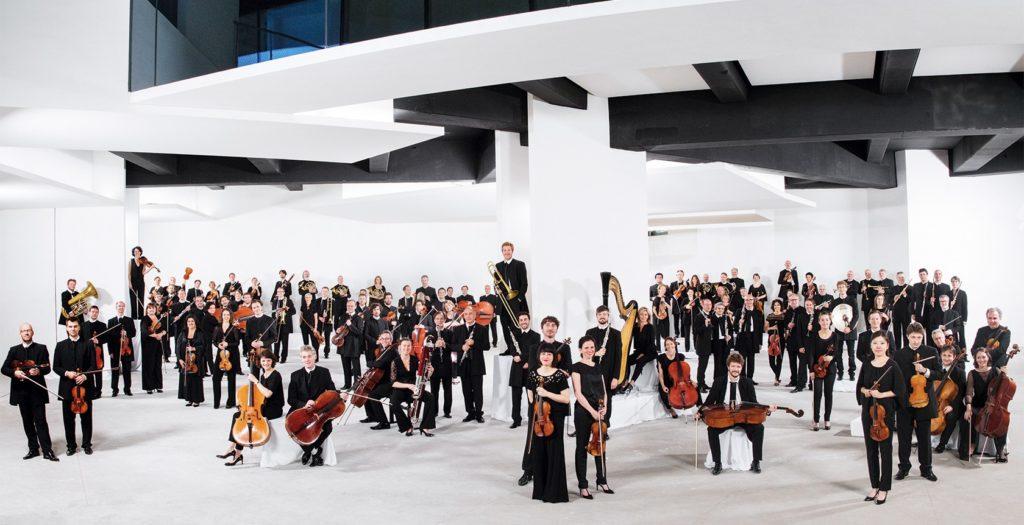 Saison 19/20 de l'Orchestre de Paris : de grandes baguettes, et quelques chefs à observer