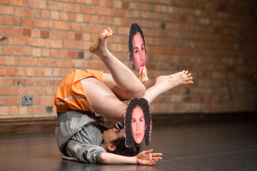 Les identités orientales de Shira Eviatar au Théâtre de la Bastille