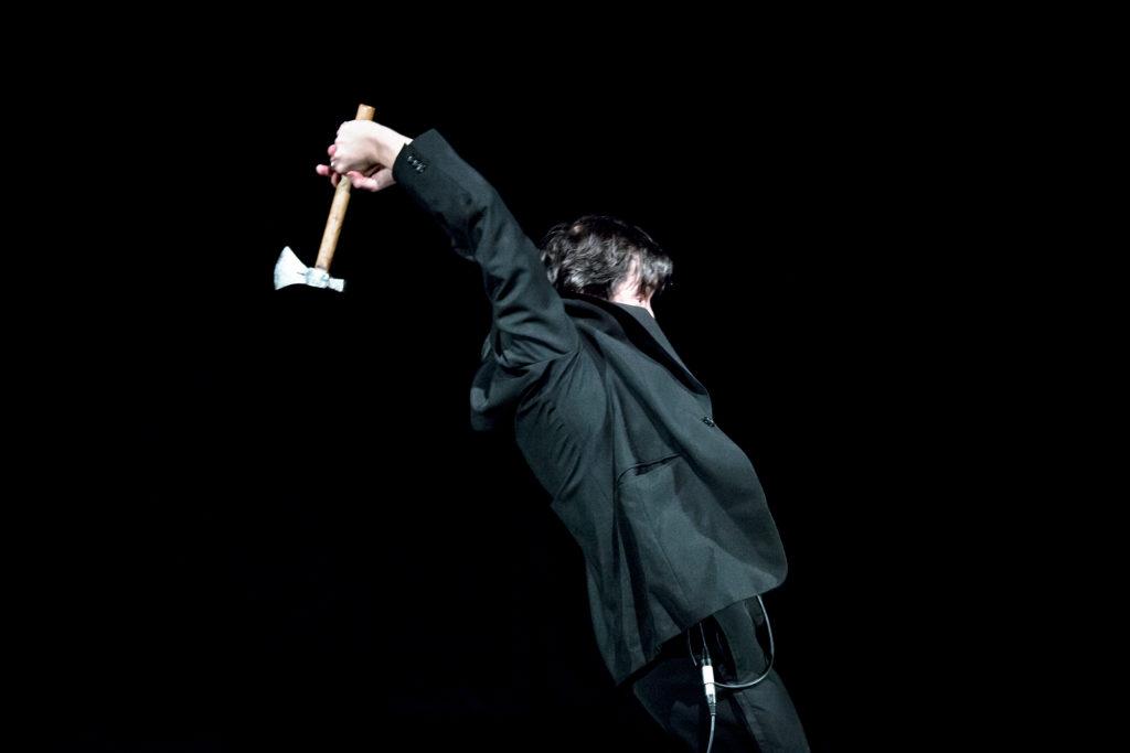 «Tout Dostoïevski», le spectacle vraiment fou d'Emmanuel Vérité et Benoit Lambert