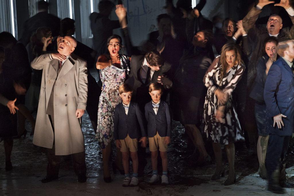 Une adaptation puissante des Bienveillantes de Jonathan Littel par Hèctor Parra et Calixto Bieito à l'Opéra Ballet des Flandres
