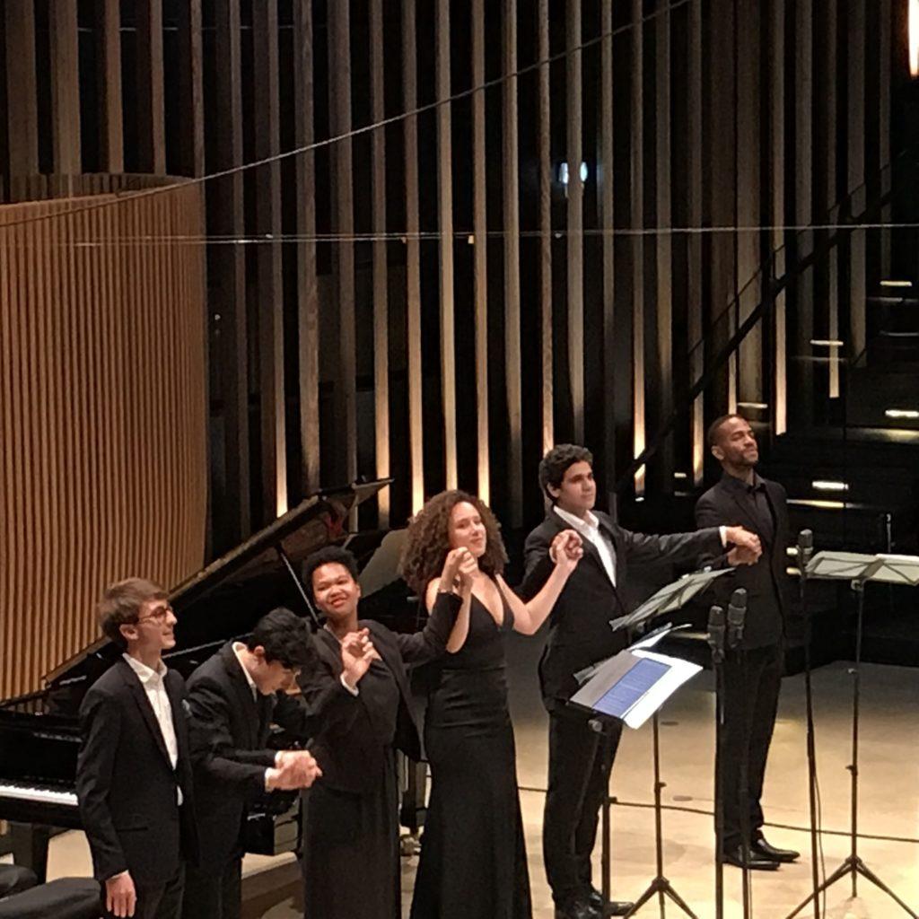 Deux pianos, quatre voix et un enchantement romantique pour le premier soir du 23e Festival de Pâques de Deauville