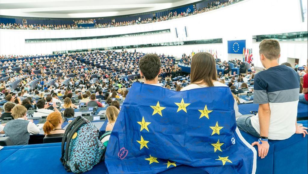Elections Européennes : Une politique de communication ouverte aux jeunes