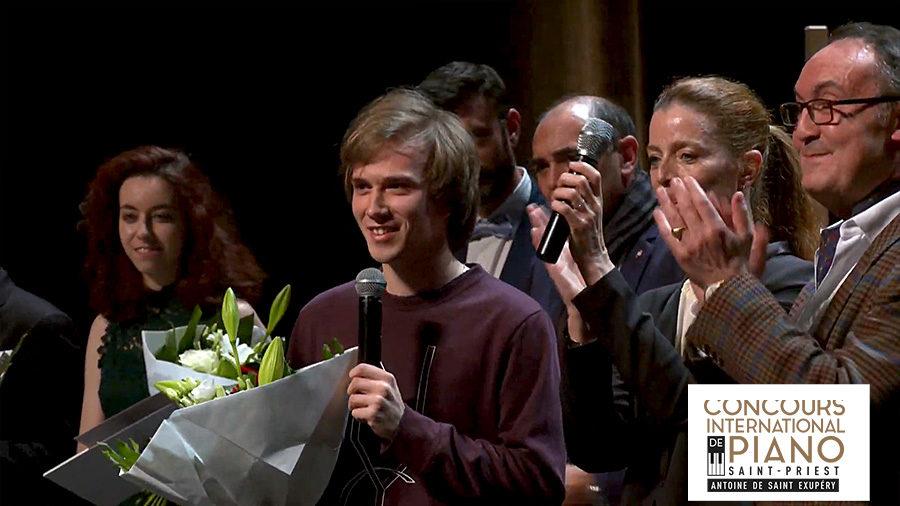 Andrzej Wiercinski, 1er prix du Concours international de piano Saint-Priest