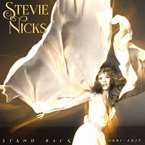 """Stevie Nicks «Stand Back"""" : une anthologie royale pour un second couronnement au Rock Hall Of Fame"""