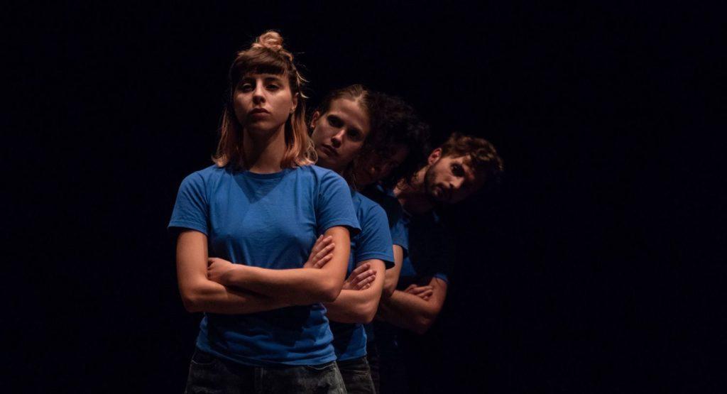 «Un eschimese in Amazzonia» : un spectacle touchant sur la transidentité au Théâtre des Abbesses