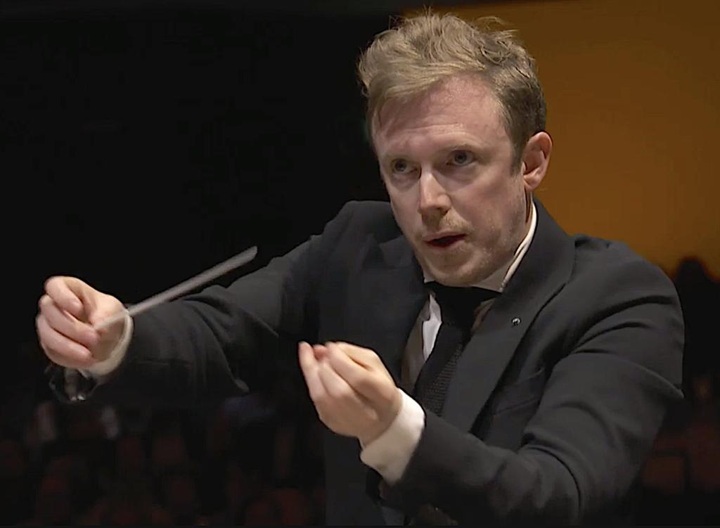 """""""J'ai une fascination pour la musique sombre"""" : Harding fait ses adieux à l'Orchestre de Paris avec Sibelius et Brahms"""