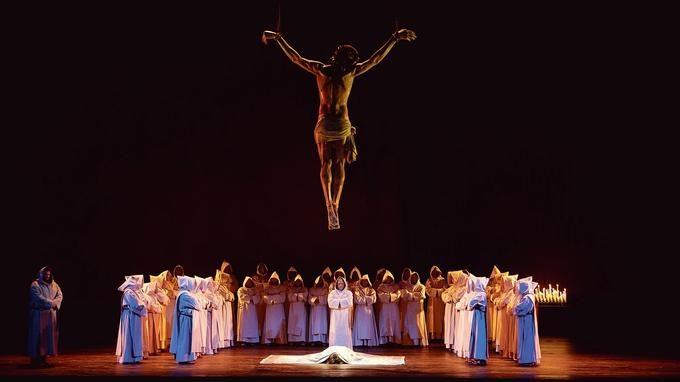 «La force du destin» à l'Opéra Bastille, splendide célébration de la musique de verdi.