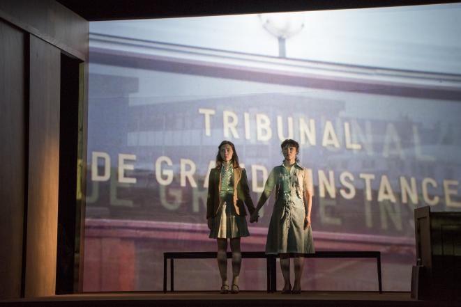 Avec «Hors la loi», Pauline Bureau offre à Coraly Zahonero un grand rôle de tragédienne moderne.
