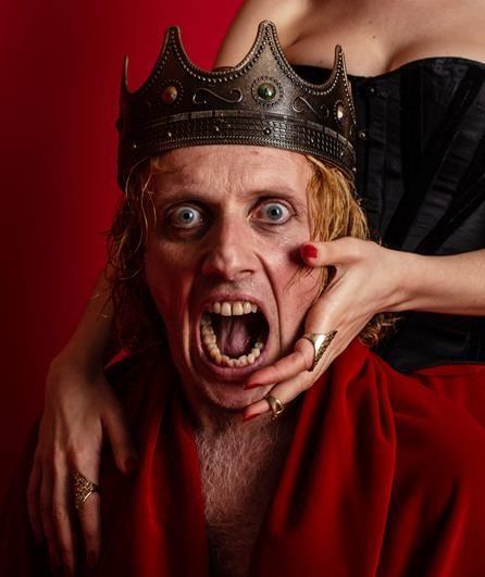 Avignon OFF, Macbeth porte bonheur à William Mesguich dans une version ramassée de la célèbre pièce écossaise.