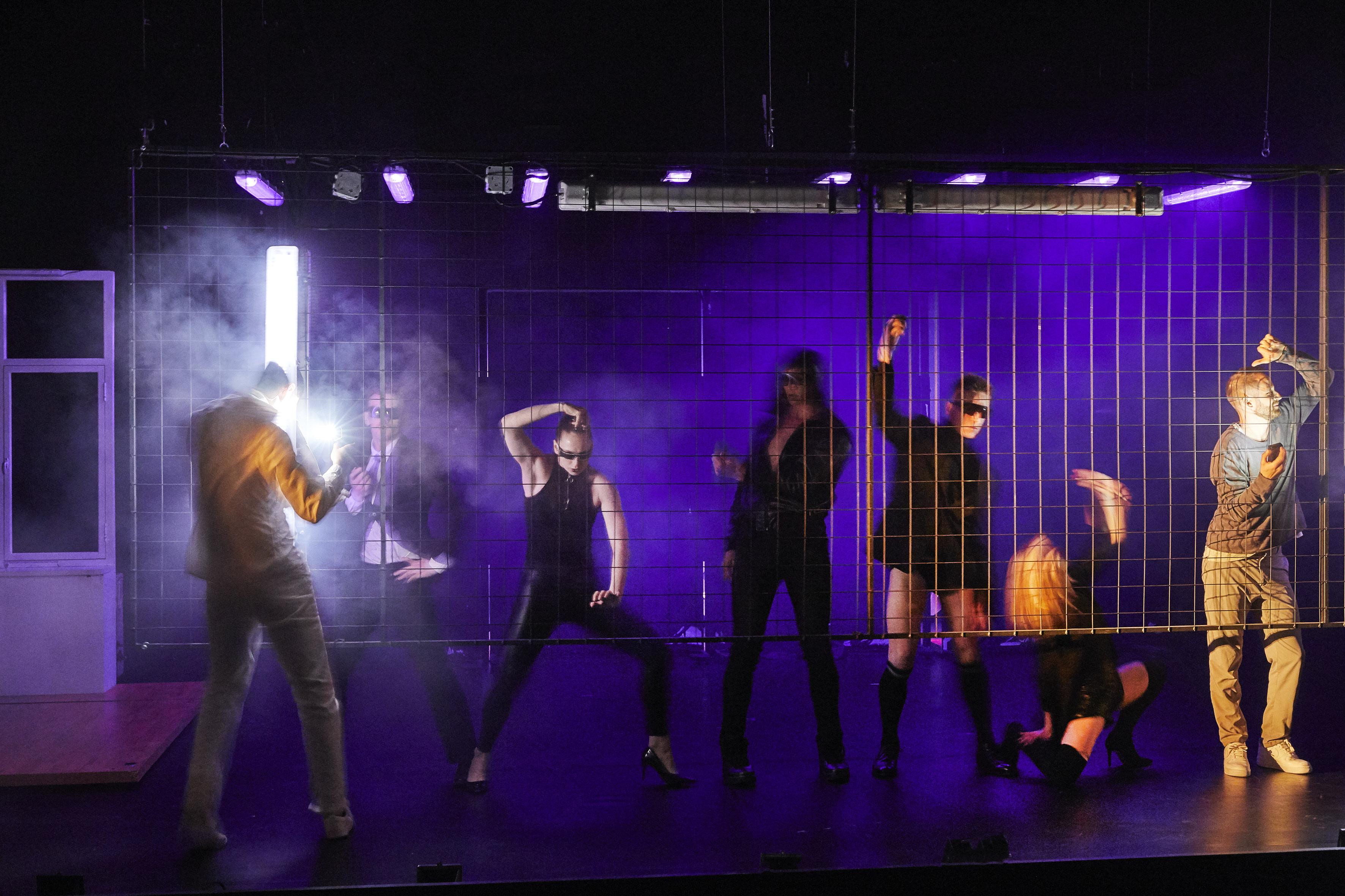 «Outside», la liberté tragique de Kirill Serebrennikov au Festival d'Avignon