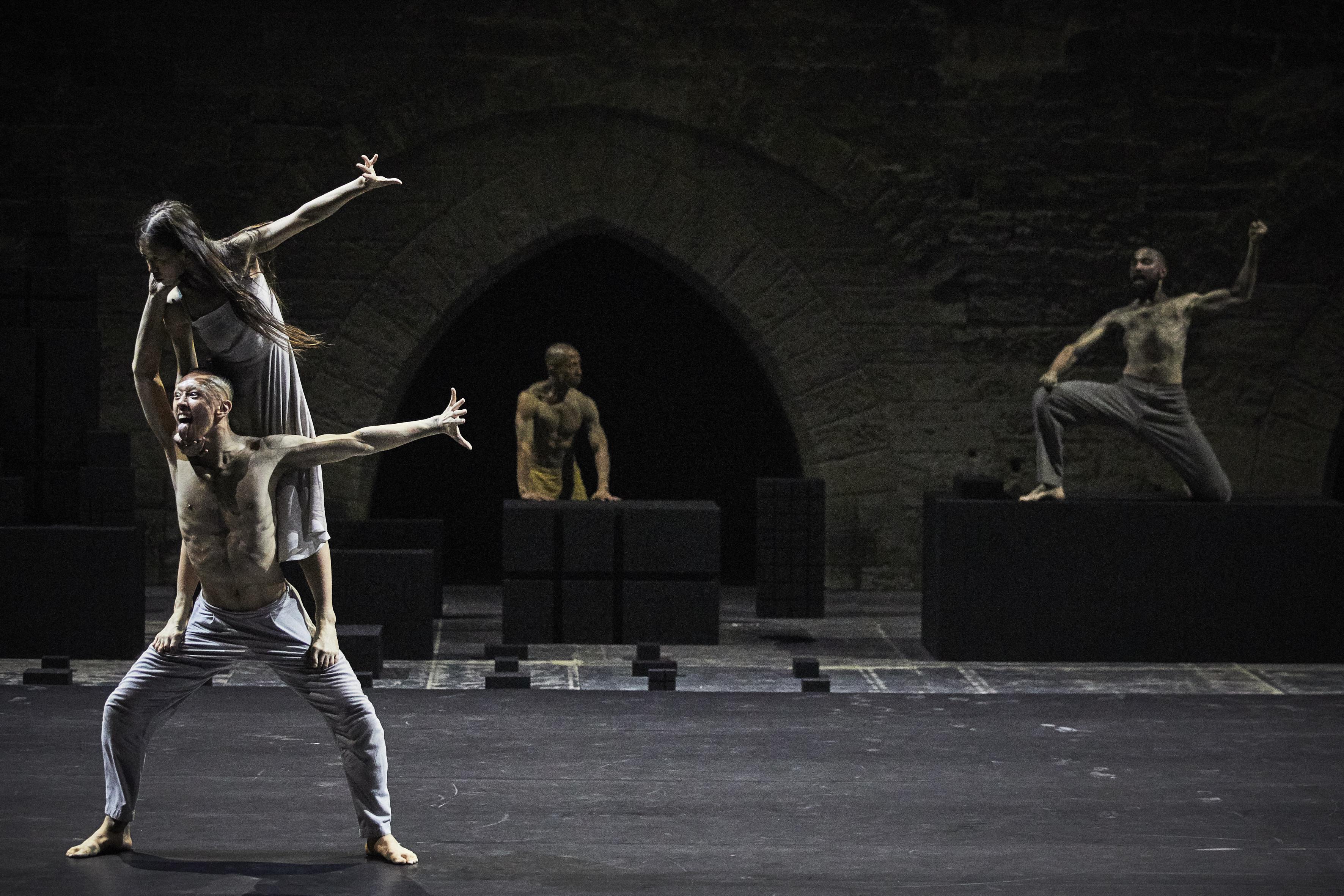 Mavin Khoo remplace Andrew Pan blessé dans Outwitting the Devil d'Akram Khan au Festival d'Avignon