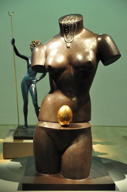 Vancouver: une statue de Dali vandalisée