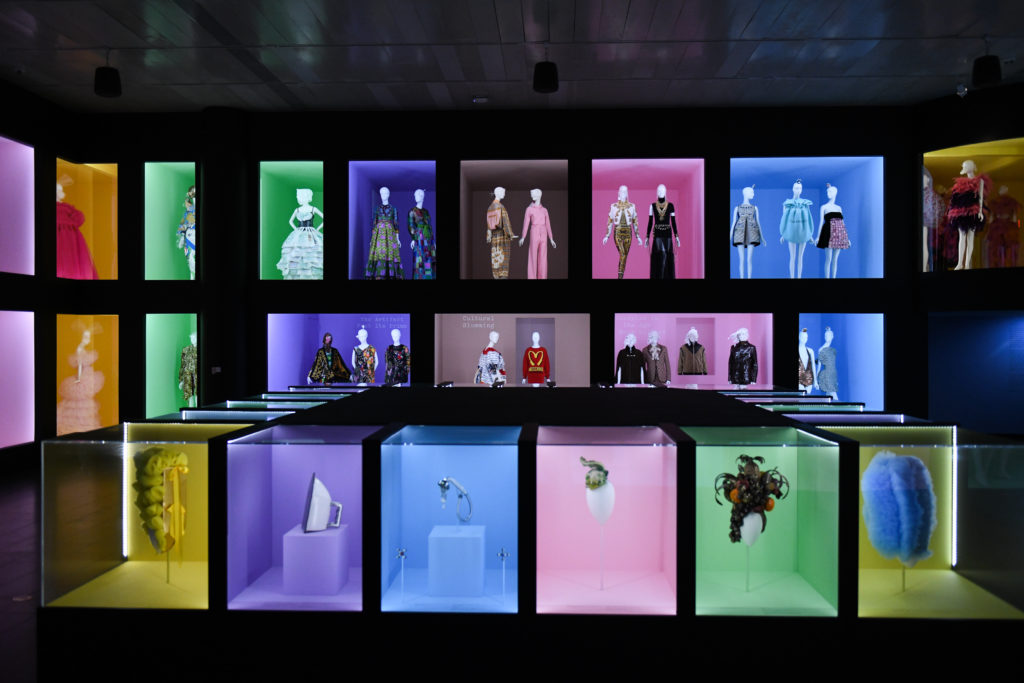 «Camp : Notes on Fashion», une exposition spectaculaire au MET Costume Institute