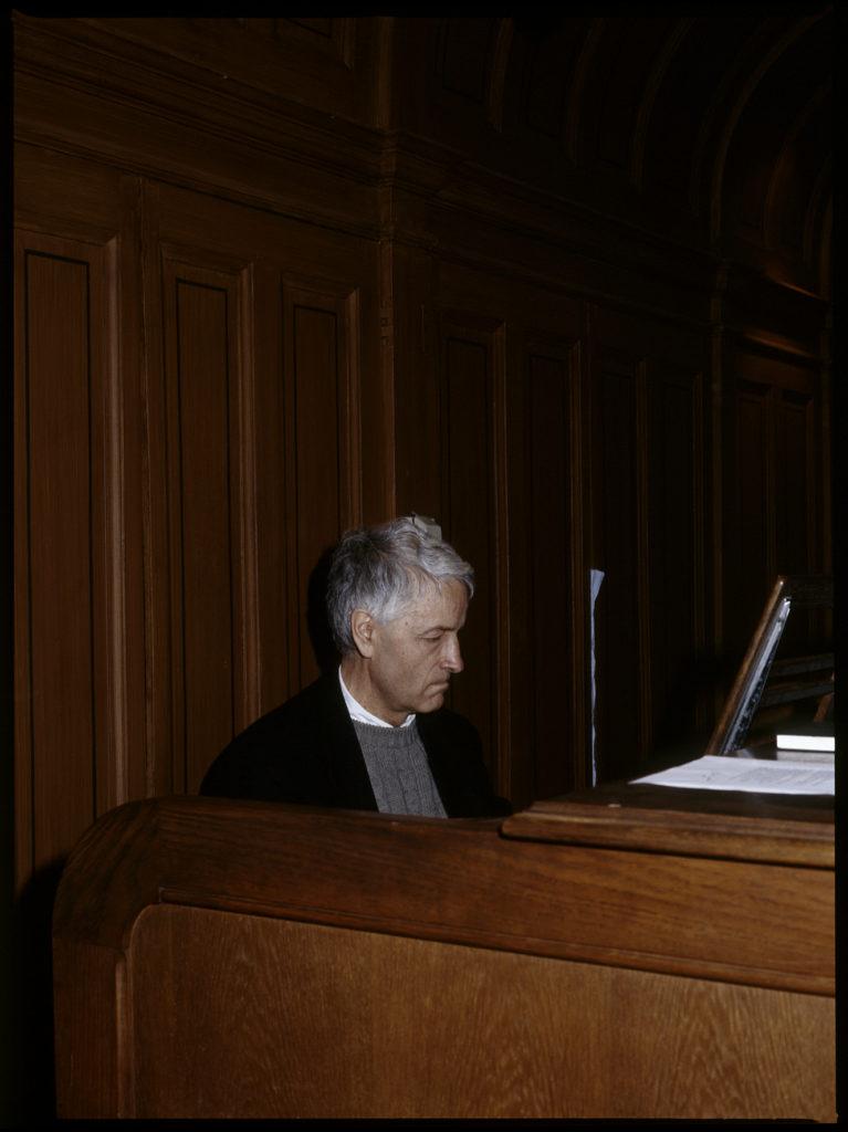 Décès de l'organiste aveugle Louis Thiry