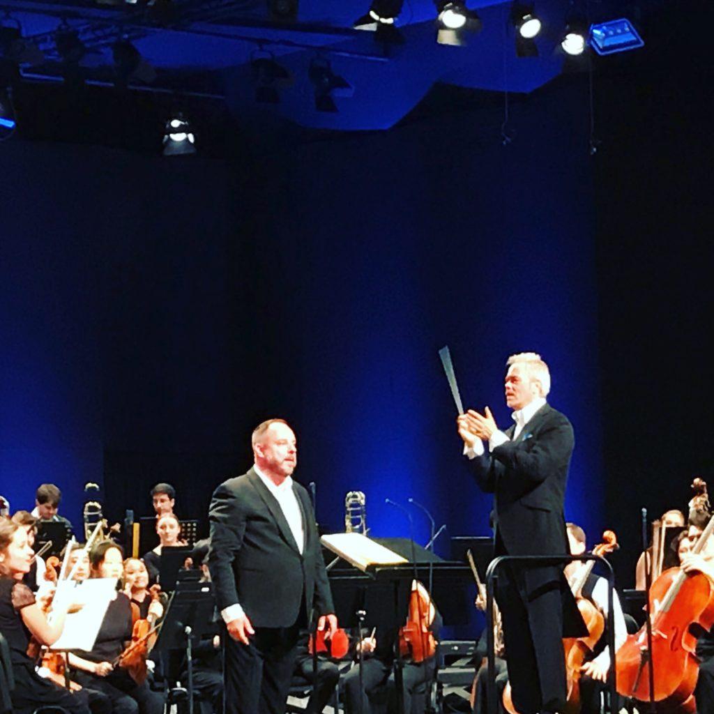 Matthias Goerne et le VFO dirigé par Hannu Lintu font chanter Brahms et danser Bruckner au Festival de Verbier