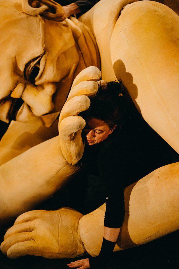 «Ogre»: un spectacle audacieux pour une marionnette monumentale