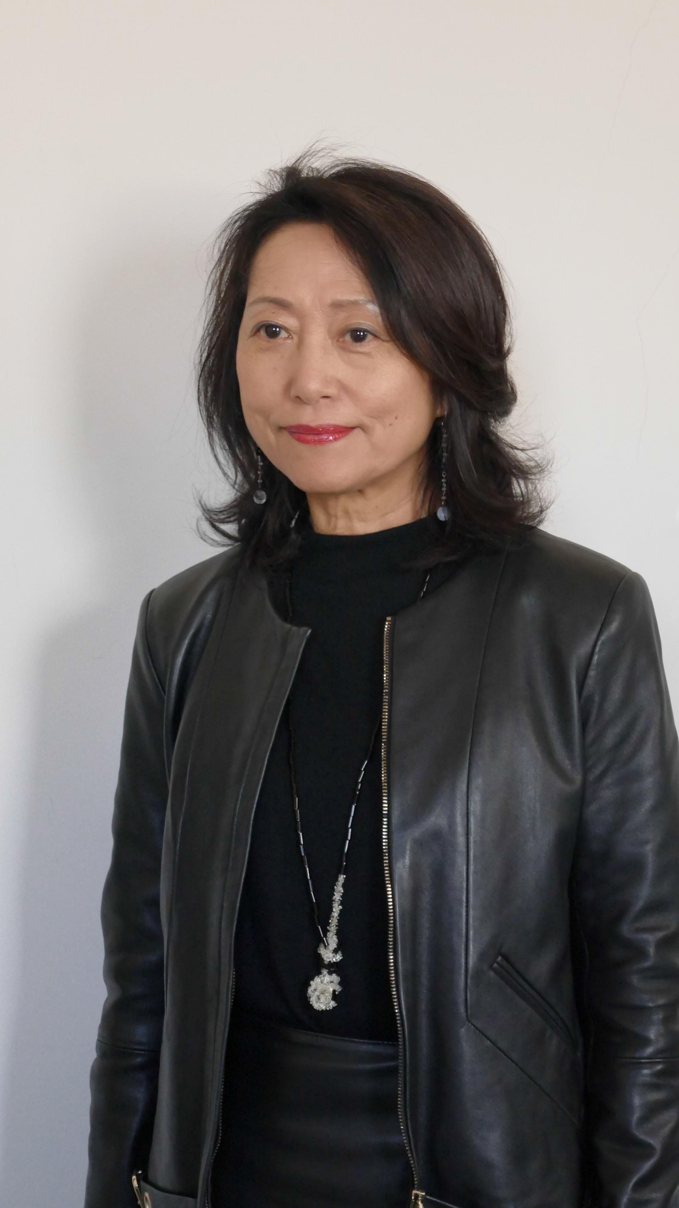 Exposition Oscar Oiwa – Rio, Tokyo, Paris : des villes, des jeux, interview de la commissaire, madame Aomi Okabe