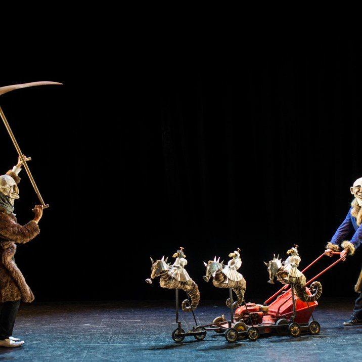[FMTM IN] Un épatant Monsieur Tokbar: voyage poétique dans la mémoire d'une marionnette
