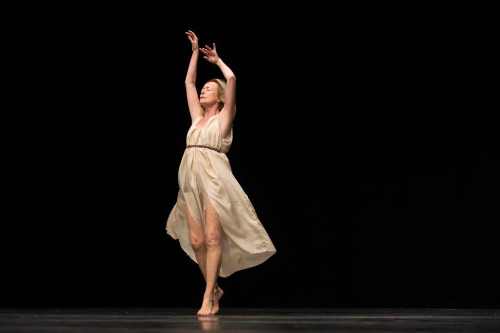 Le doux portrait d'Isadora Duncan par Jérôme Bel au Festival d'Automne