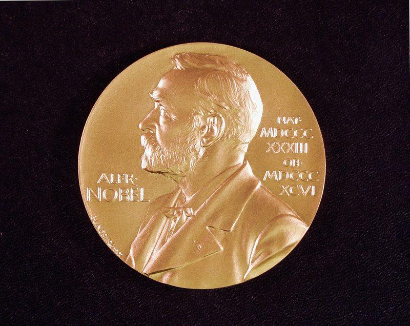 Un double prix Nobel de littérature