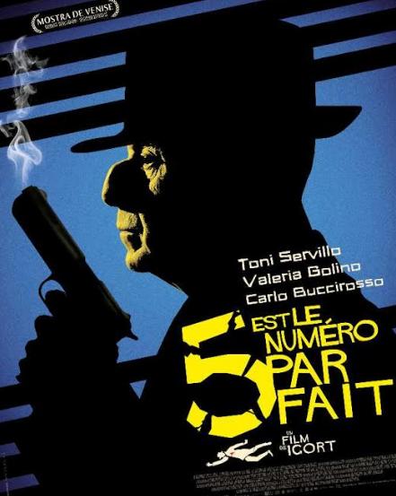 «5 est le numéro parfait» : Toni Servillo irrésistible en Daron de la mafia qui reprend du collier
