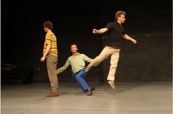 «sans» de Martine Pisani : danser avec humour et sobriété