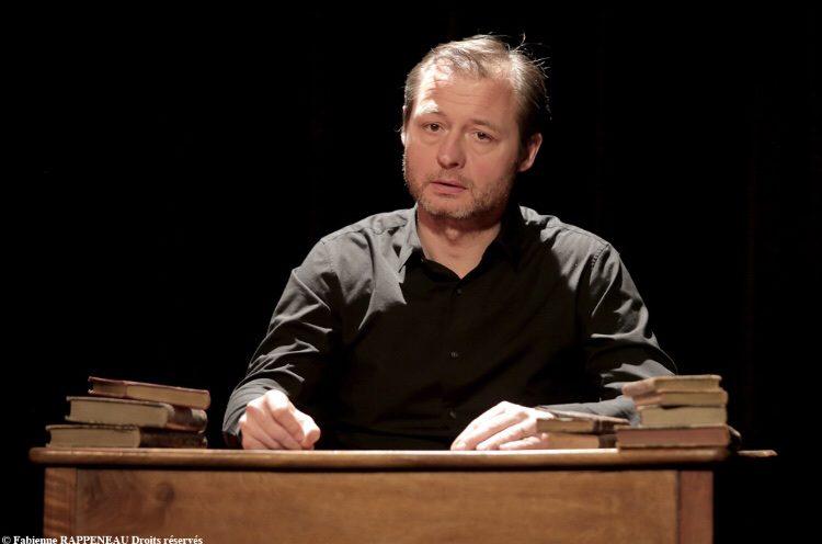 Charles Péguy, le visionnaire : un seul en scène biographique et instructif, au Théâtre de la Contrescarpe