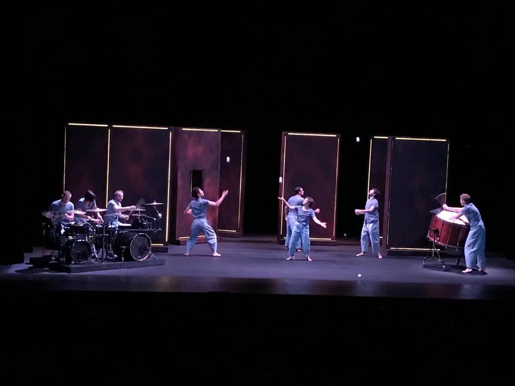 Jonglage musical et visuel à Aujourd'hui musiques à Perpignan
