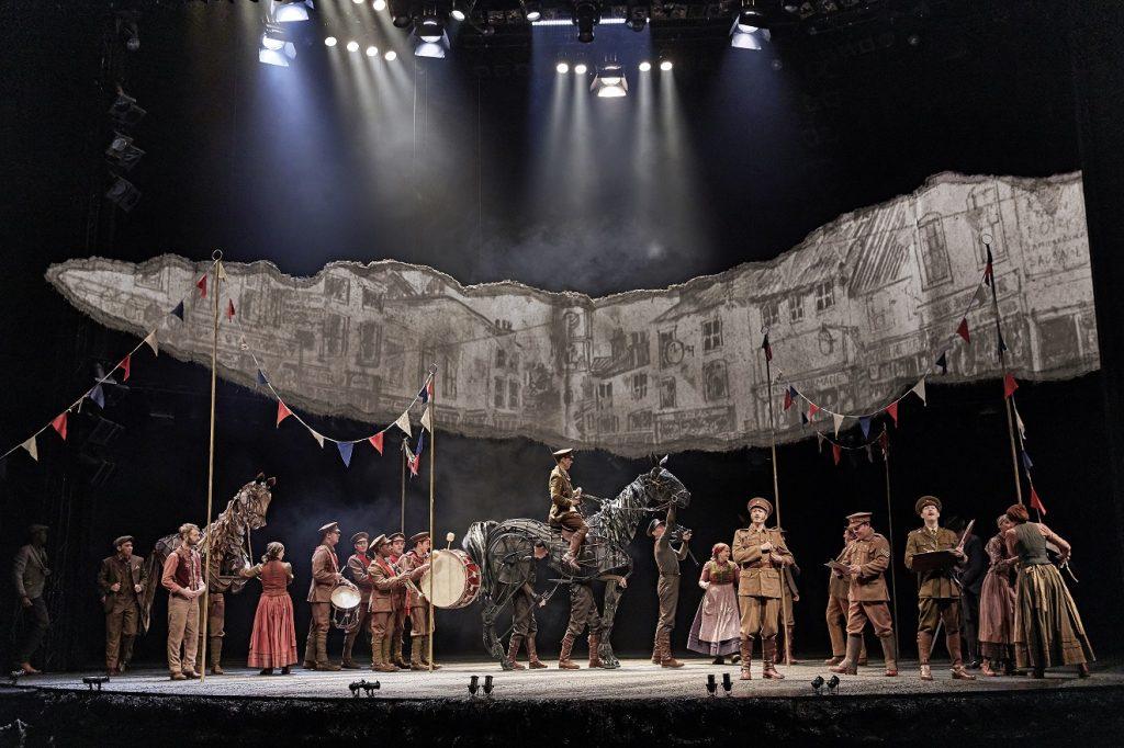 «War Horse», le spectacle phénoménal des chevaux-marionnettes