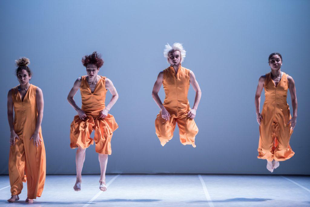 Premier(s)pas: Nawal et Abou Lagraase mobilisent contre la précarité des danseurs