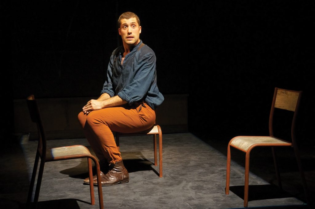 Vipère au poing avec Aurélien Houver, au Théâtre du Gymnase : l'enfer c'est la mère