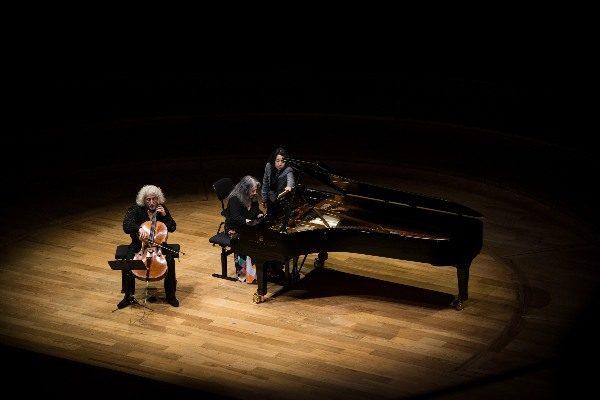 Martha Argerich et Mischa Maisky : Un duo magique à la Philharmonie de Paris
