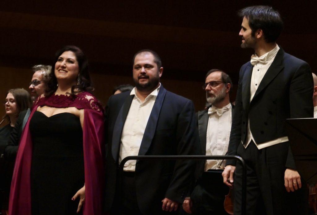 À Monte-Carlo, Anna Pirozzi fait tourner la tête du «Pirate» (et la nôtre)…