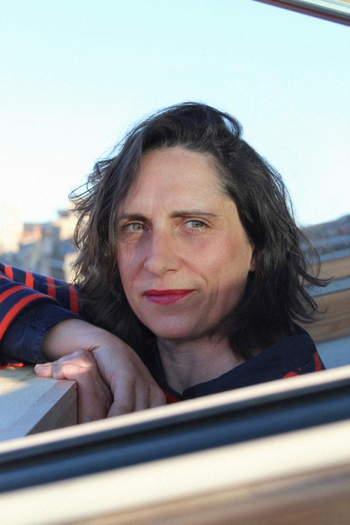 Interview confinée de Claire Jacquet : « Aller vers l'inconnu, […] c'est le trait de crête de la création qu'il nous faut poursuivre. »