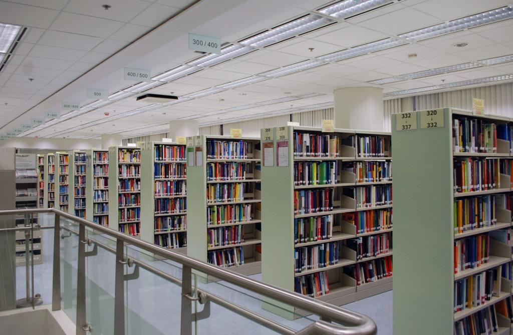 Hongkong : des livres pro-démocratie retirés des bibliothèques