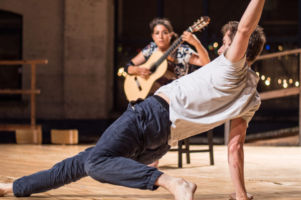 Entretien avec Annie Bozzini, Directrice de Charleroi-Danse : Pour un plaidoyer de la danse hospitalier et résilient qui défend sa partie invisible!