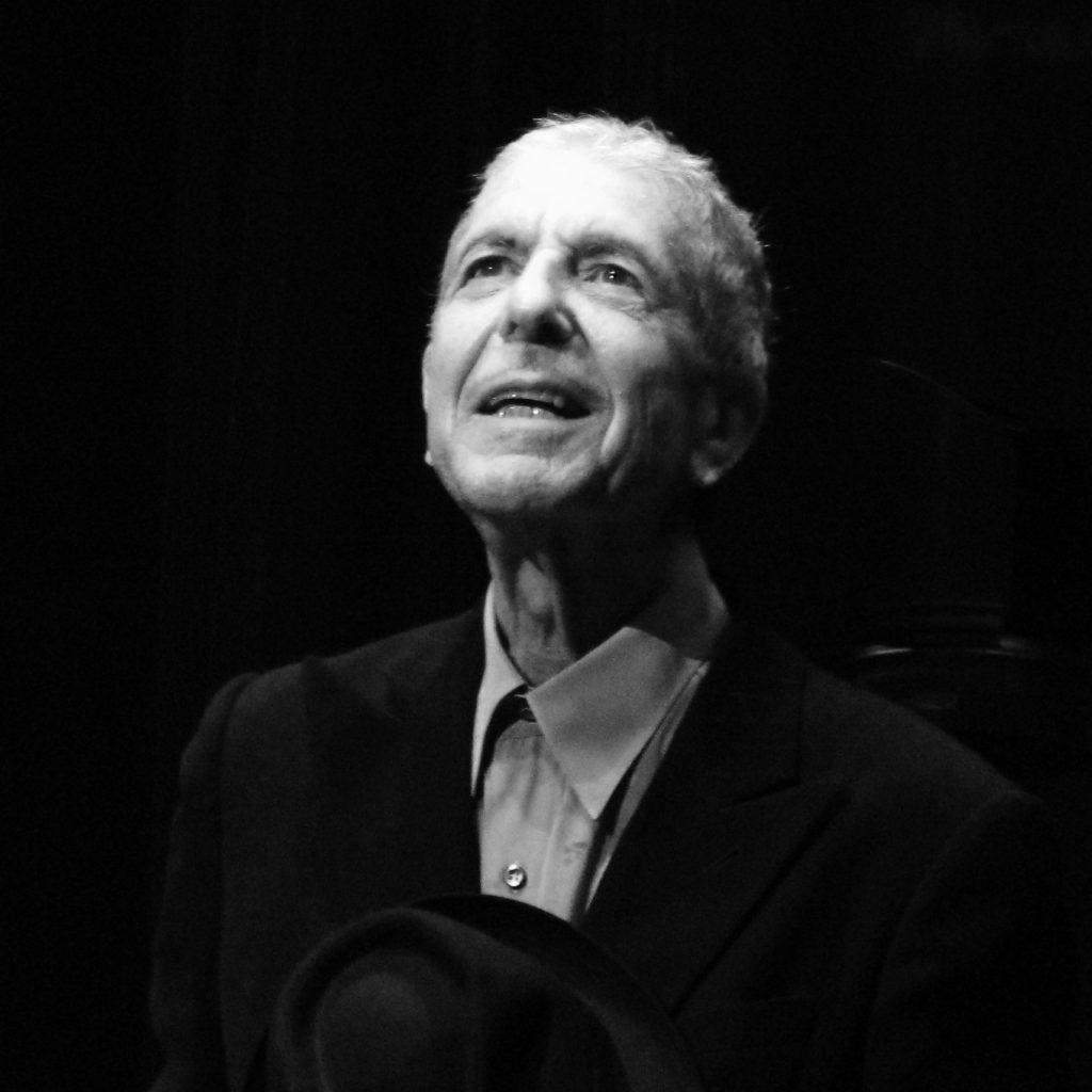 La famille de Leonard Cohen souhaite poursuivre Donald Trump