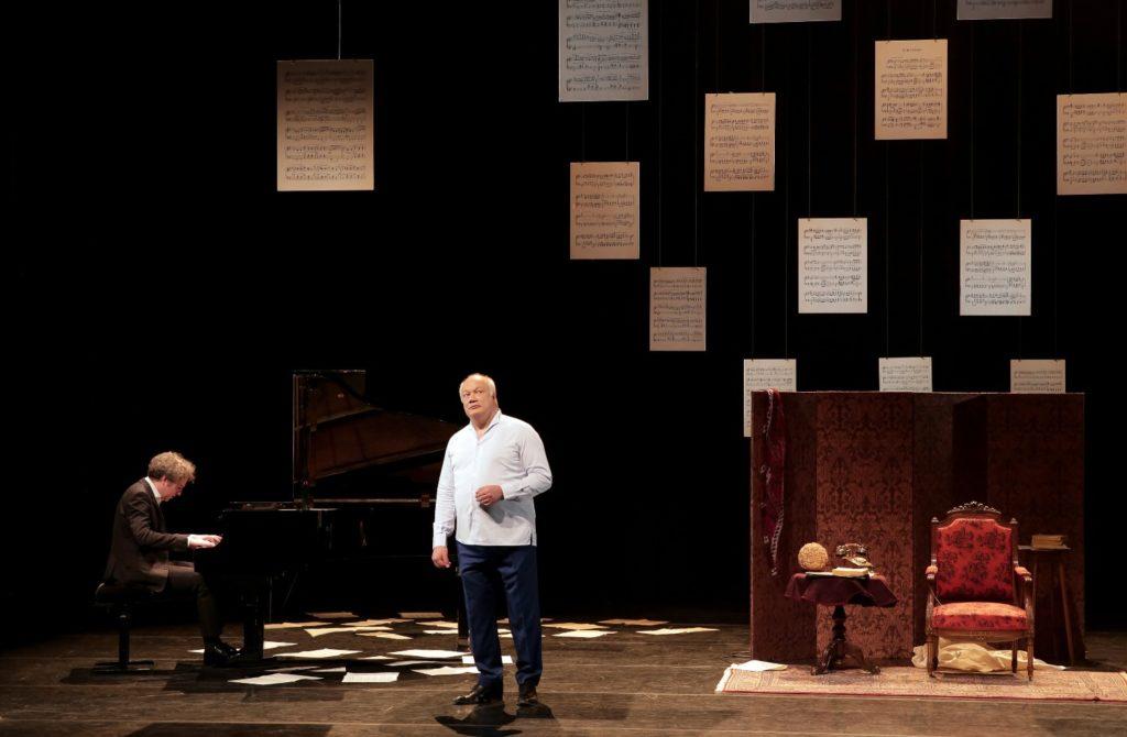 «Madame Pylinska et le secret de Chopin», la magnifique leçon d'Eric-Emmanuel Schmitt, au Théâtre Rive Gauche