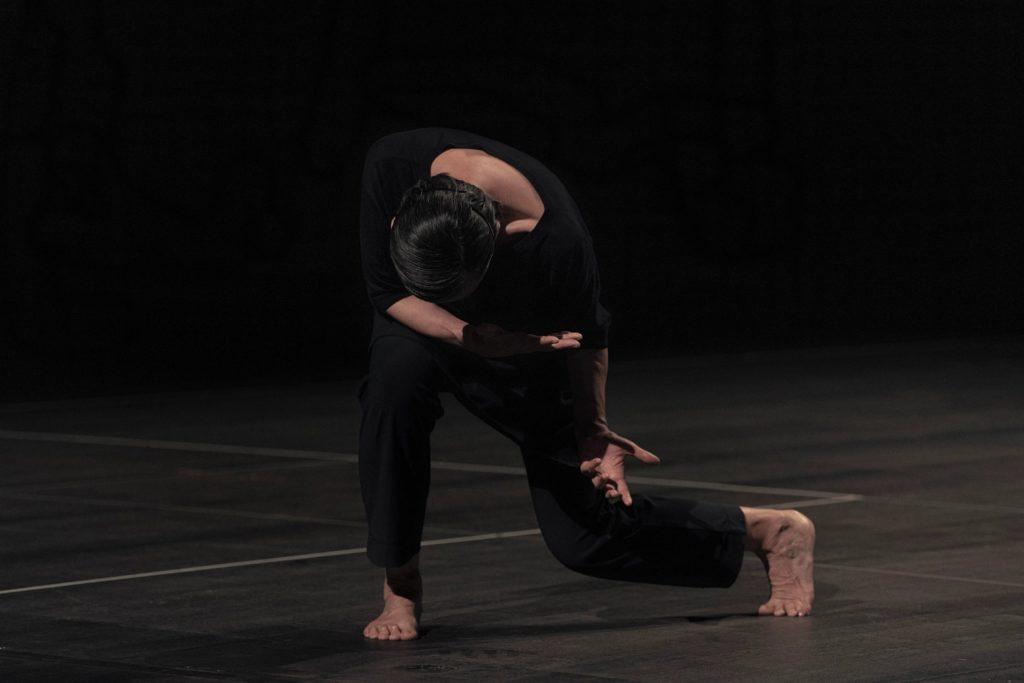 «A D-N», de Régine Chopinot : quand danse et méditation ne font plus qu'un