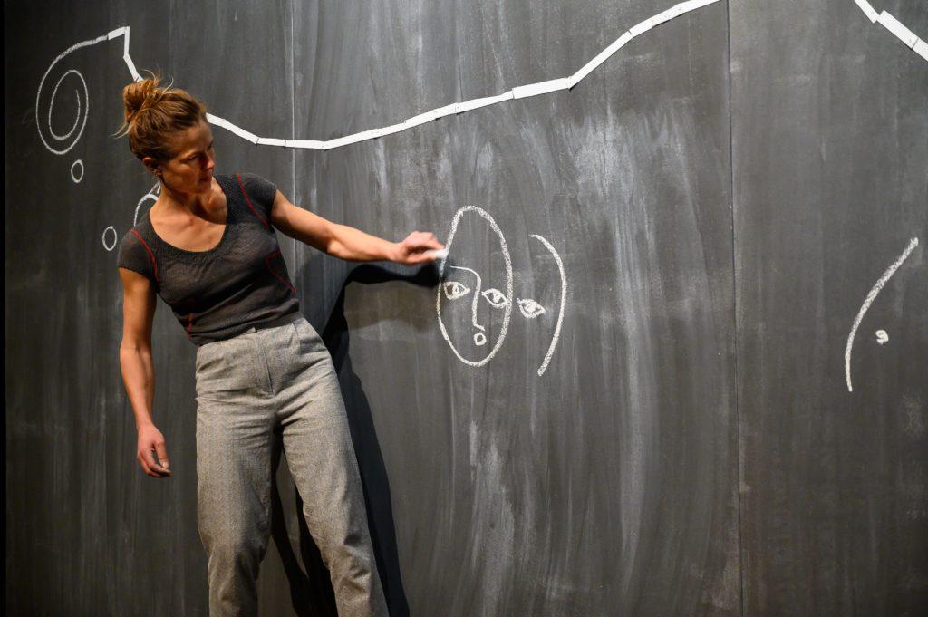 Avec «L'Oiseau-Lignes», Chloé Moglia nous conduit sur de somptueux chemins de traverse