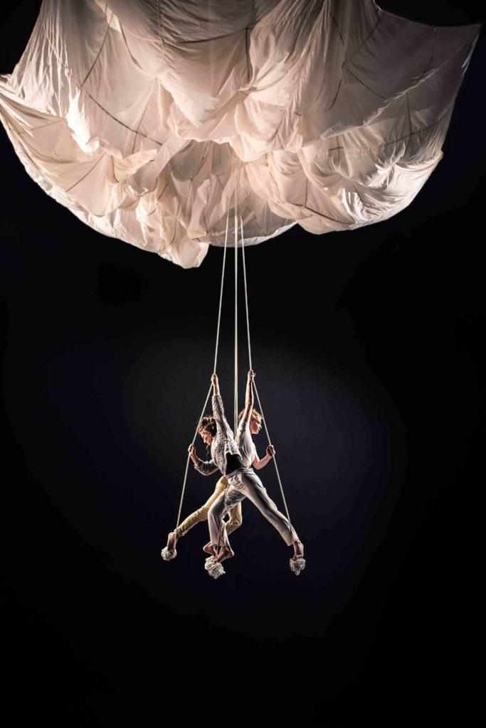 Biac 2021 : « Ether » : Un envoutant duel aérien sur cordes