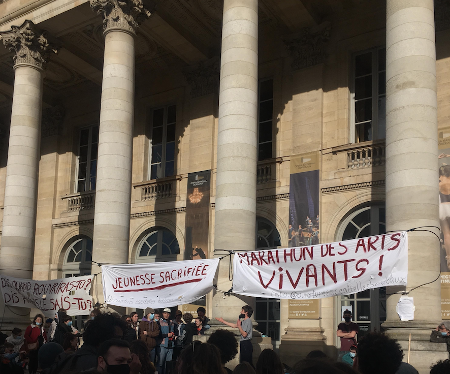 « Occupons, occupons, occupons ! »