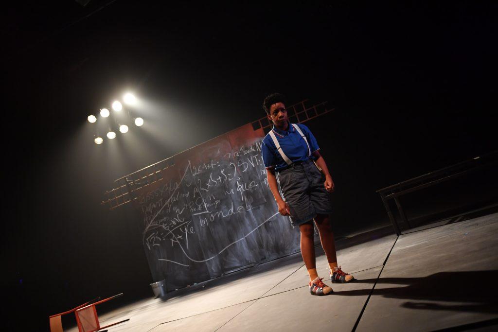 Au Théâtre Ouvert, la pièce Transe-Maître(s) secoue les planches et l'Histoire